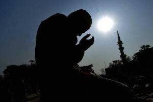 MUSLIMS-PRAYER